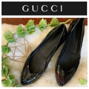 GUCCI Patent Leather Semi-Pointed Toe Flats